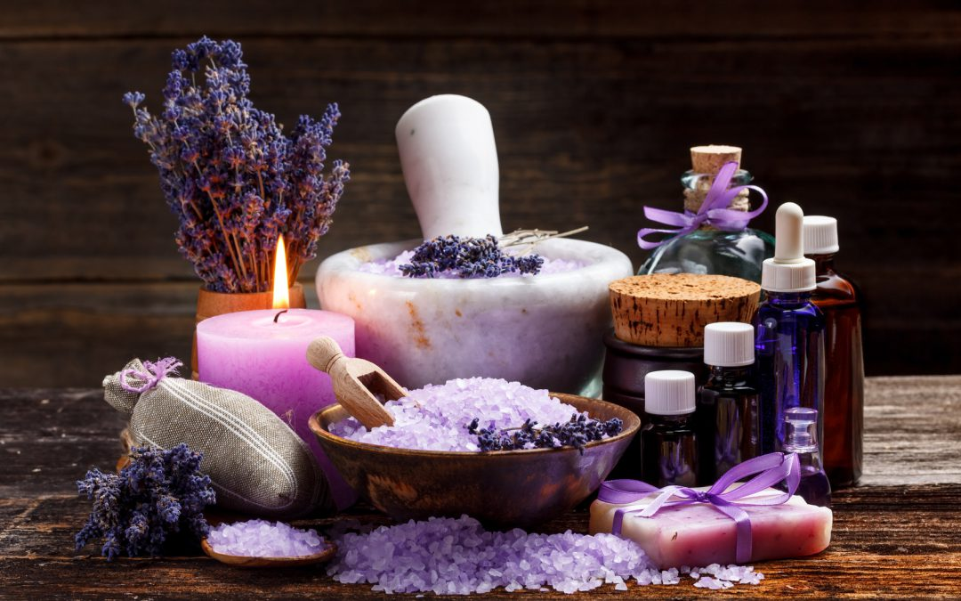 Great Gift Alert! How to Make Lovely DIY Aromatherapy Candles