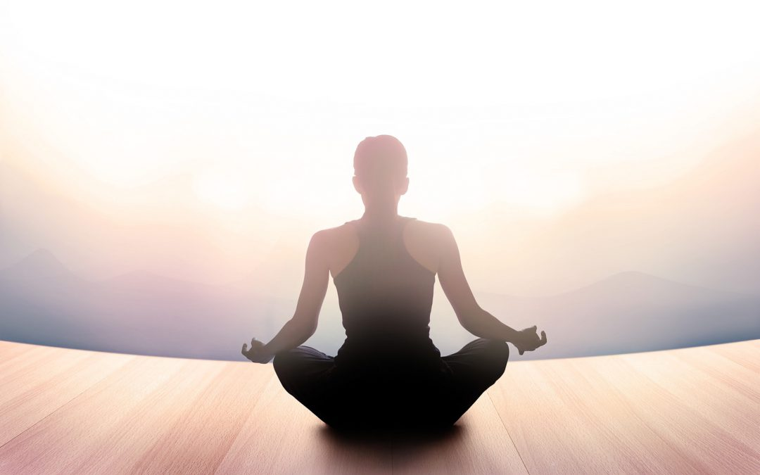 5 Amazing Benefits You'll Gain From Morning Meditation